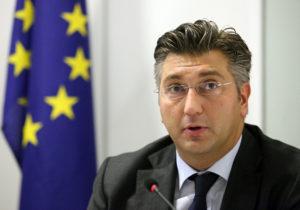 Plenkoviæ oštro napao predstavnika Komisije zbog stajališta o Srbiji