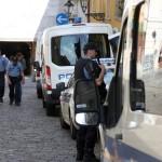 Branitelji èekaju Milanoviæa pod suncobranima na Markovu trgu