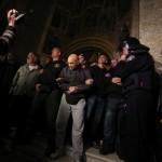 Interventna policija opkolila ulaz crkve sv. Marka, branitelji u molitvi