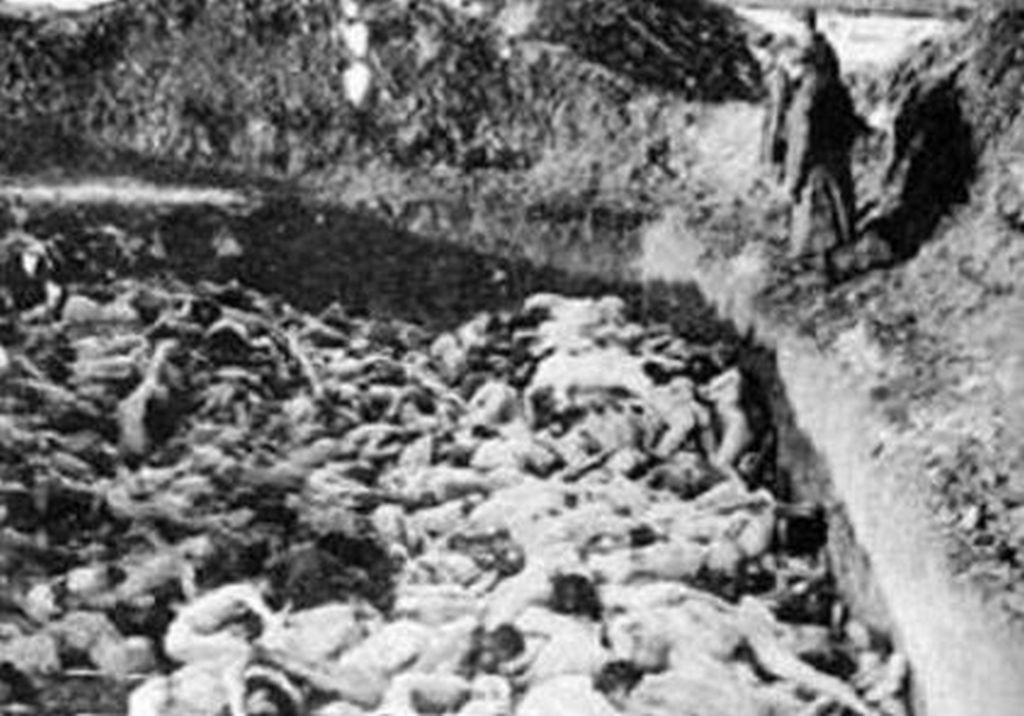 Svibanj 1945. – Tezno – 15.000 – 20.000 žrtava – tenkovski rov s pobijenim hrvatskim ženama