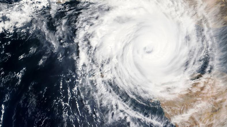 Oluje i vjetrovi diljem svijeta - u Japanu tajfun brzine 250 km/h ...