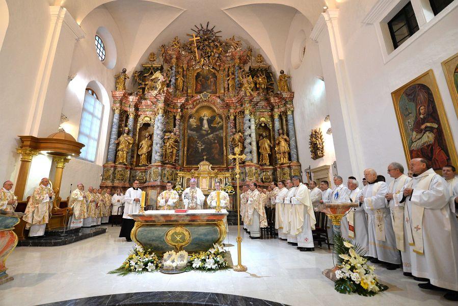 Foto Obiljezena 20 Obljetnica Varazdinske Biskupije Narod Hr