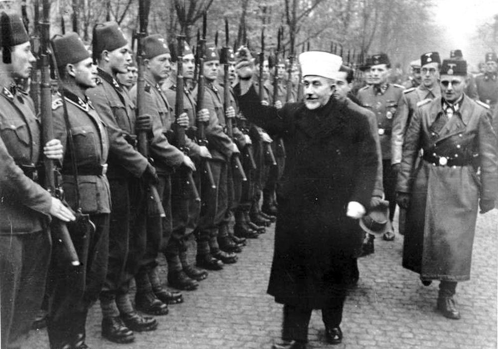 https://narod.hr/wp-content/uploads/2018/02/Bundesarchiv_Bild_146-1980-036-05__Amin_al_Husseini_bei_bosnischen_SS-Freiwilligen.jpg