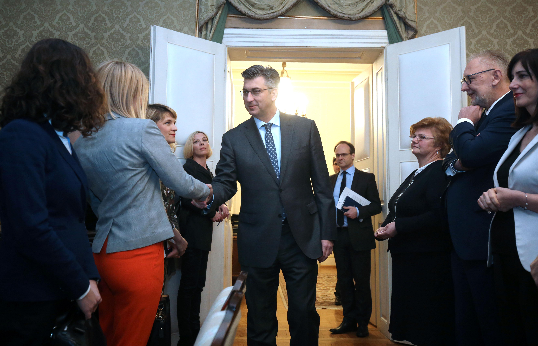 Plenković kaže da će se postrožit kazne za nasilnike u obiteljima