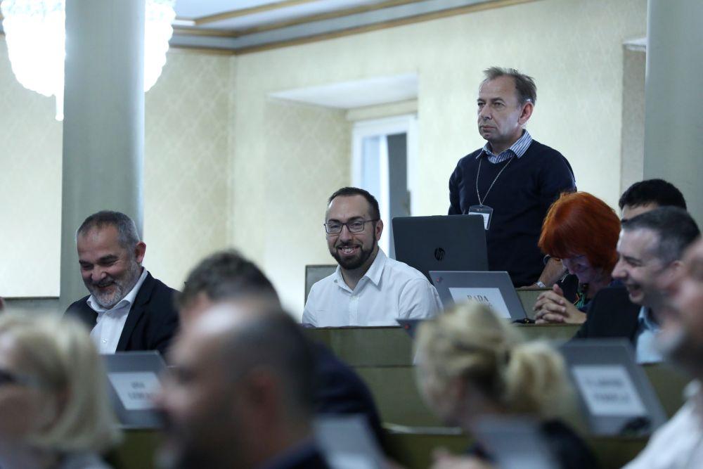 Oporba demonstrativno napustila sjednicu zagrebačke Gradske skupštine