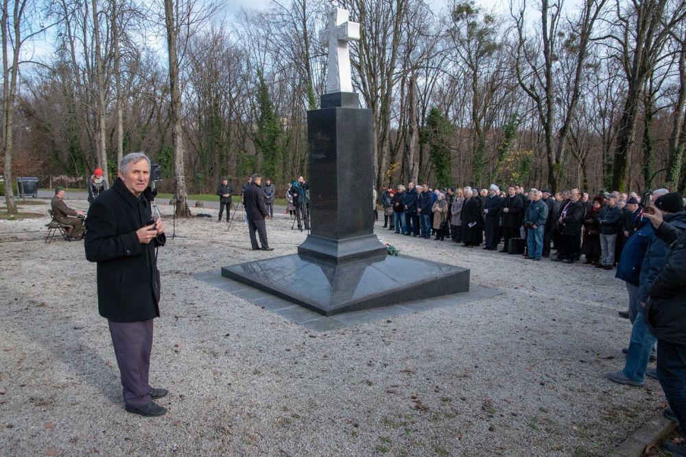 vojnici koji se druže s drugim vojnicima svijet tenkova 9.4