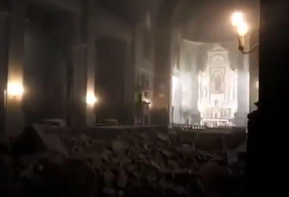 Video Zbog Potresa Se Urusio Velik Dio Potkrovlja U Crkvi Srca Isusova U Palmoticevoj U Zagrebu Narod Hr