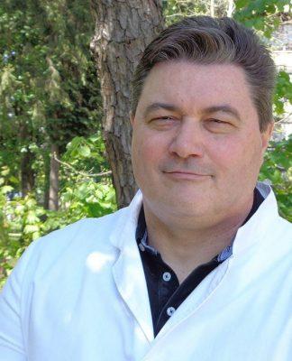 Dr. Herman Vukušić