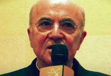 Zašto nadbiskup Vigano tvrdi da Biden nije 'drugi katolički predsjednik u SAD-u'?