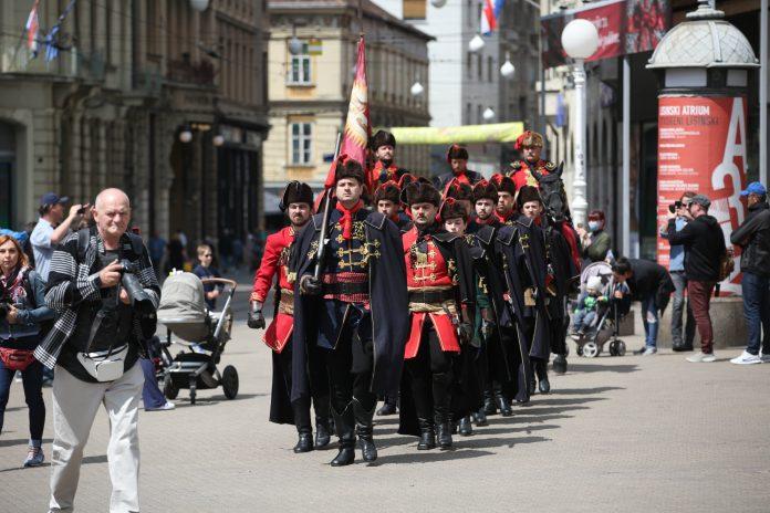 Kravat pukovnija