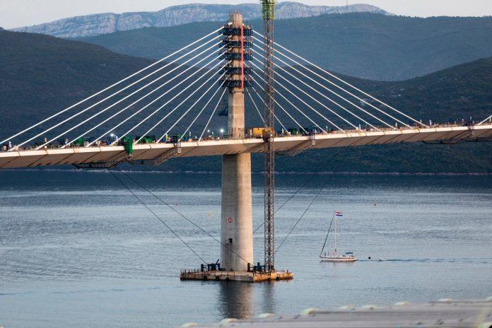 Pelješki most