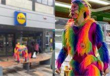 LGBT indoktrinacija u Britaniji: U kostimu majmuna duginih boja s umjetnim penisom uče djecu čitati