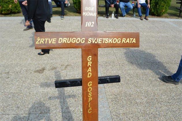 U Gospiću pokopane 102 žrtve partizanskih zločina: 'Zar nije komunizam  proizveo i više žrtava negoli fašizam?' – narod.hr
