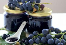Domaći džem od aronija, grožđa i kupina